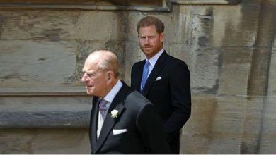 Photo of Принц Филипп советовал принцу Гарри не жениться на Меган Маркл