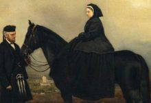 Photo of Загадочные отношения королевы Виктории со своим слугой до сих пор озадачивают историков